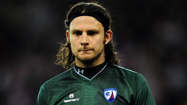 Lee blow for Chesterfield