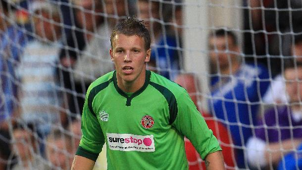 David Grof is the first out-of-contract player to agree a new deal at Walsall this summer