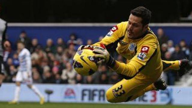 Serie A - Roma join Julio Cesar chase