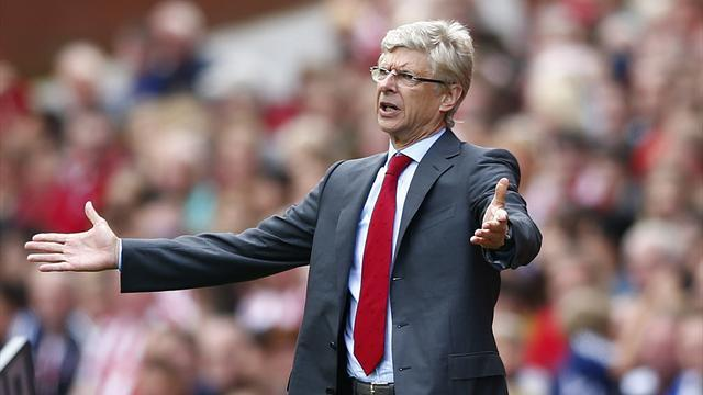 Premier League - Wenger annoyance at fines leak