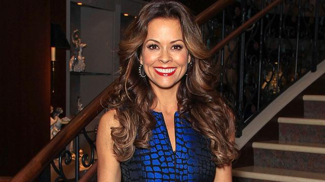 Brooke Burke-Charvet Has Thyroid Cancer
