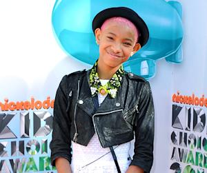 Willow Smith Changes Her Hair Color to Pink!