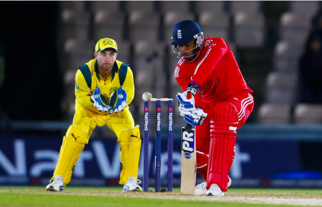 Cricket - Natwest One Day International Series - Fifth One Day International - England v Australia - Ageas Bowl