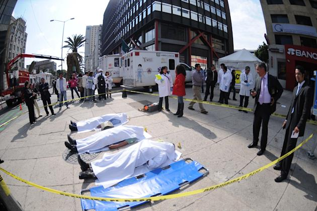 MÉXICO, D.F.-Earthquake-Drill/Sismo-Simulacro-DF.