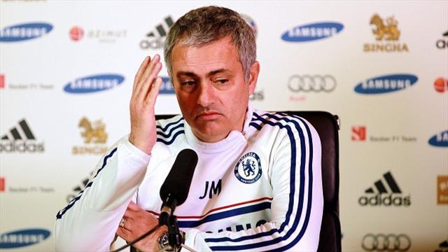 Premier League - Mourinho: 'I'll be supporting Manchester City'