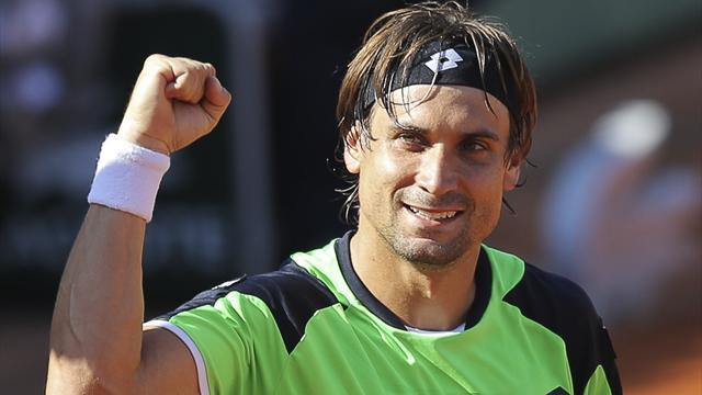 French Open - Ruthless Ferrer crushes Robredo to reach semi-finals