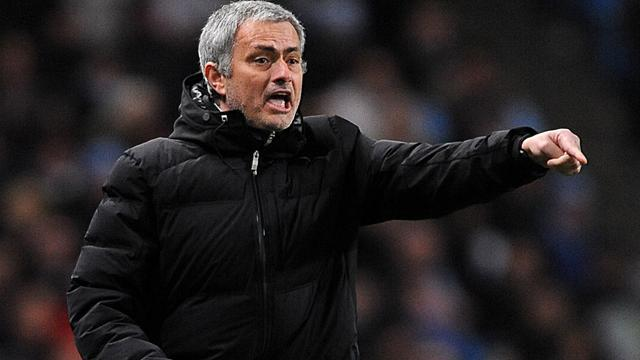 Premier League - Managers: Mourinho and Rodgers play down title talk