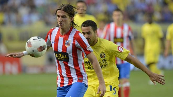 Atletico Madrid's Brazilian Defender Filipe Luis (L) Vies AFP/Getty Images