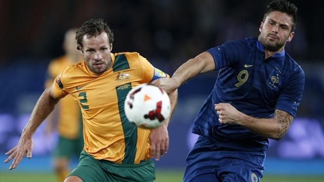 World Cup - Neill hits back at Bosnich over retirement calls