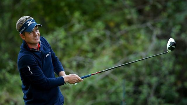 Golf - Riviera provides feast or famine for Donald