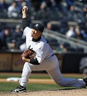 White wash: Yanks sweep Cubs 3-0, 2-0