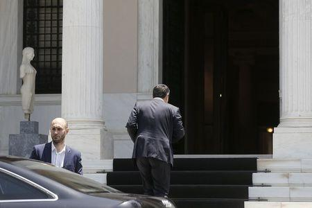 Greek Prime Minister Alexis Tsipras arrives at his office in Maximos Mansion for a governmental council in Athens June 15, 2015. REUTERS/Alkis Konstantinidis