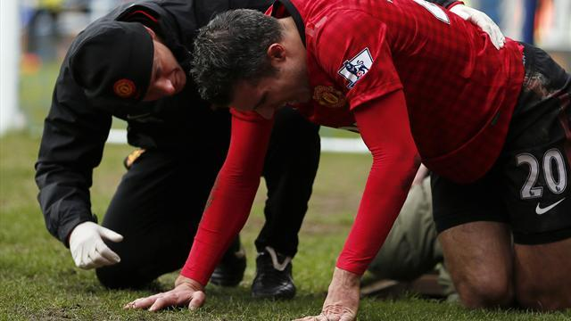 Premier League - Van Persie injured in freak collision with TV camera