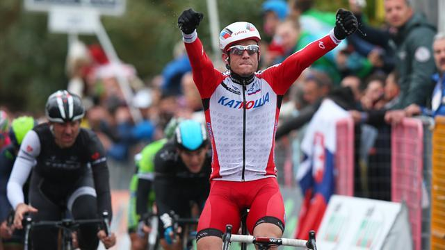 Milano - Sanremo - Cavendish falls just short as Kristoff wins