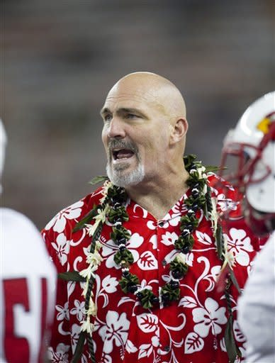 Hawaii defense tough against Lamar in 54-2 win