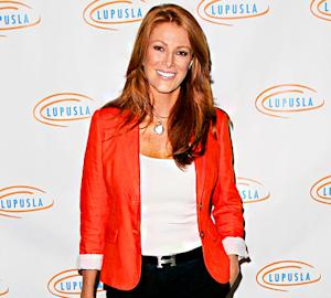 Angie Everhart Diagnosed With Thyroid Cancer