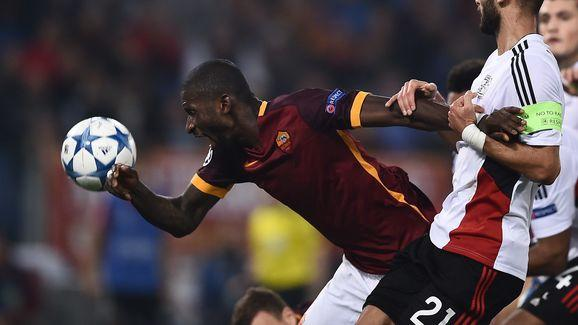 Chelsea Set to Enter Transfer Battle With Man Utd and Man City for Roma's Antonio Rudiger