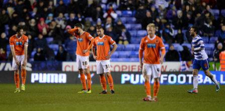 Soccer - Sky Bet Championship - Reading v Blackpool - Madejski Stadium