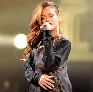 Rihanna Cancels Houston Show Due to Illness