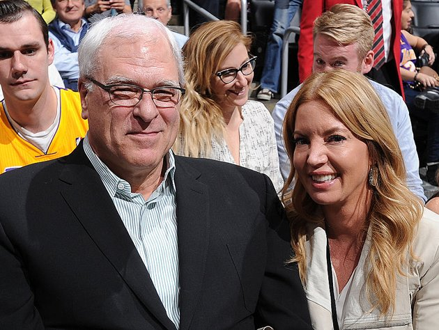 Phil Jackson and Jeanie Buss were engaged in late 2012. (Getty Images)