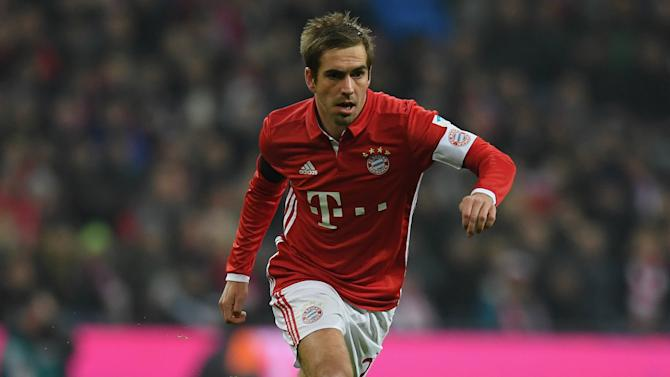 Augenthaler tips Bayern captain Lahm to play on