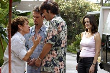 "Rhea Perlman, Kevin Dillon, Billy Burke and Carla Gugino ABC's ""Karen Sisco"""