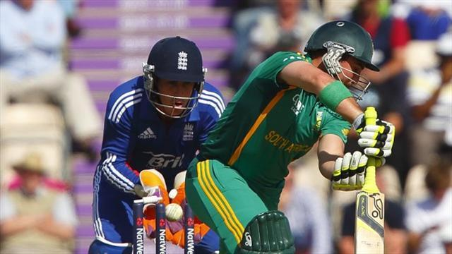 Cricket - South Africa issue 18 new contracts