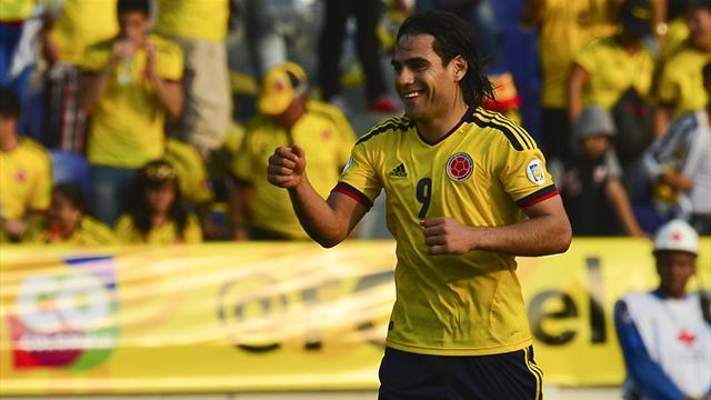 South American Football - Argentina held by Colombia, Chile win