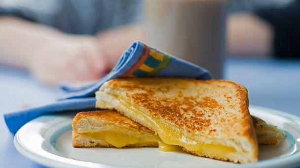 https://gma.yahoo.com/blogs/abc-blogs/perfect-grilled-cheese-formula-revealed-182120782.html