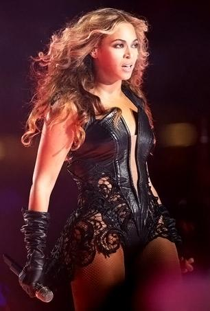 Beyonce Rocks Super Bowl Halftime Show With Destiny's Child