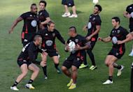Toulon's rugby union captain Jonny Wilkinson (Centre L) attends a training session in Dublin, in Ireland on May 17, 2013, on the eve of the European Cup final match between Clermont Auvergne and Toulon