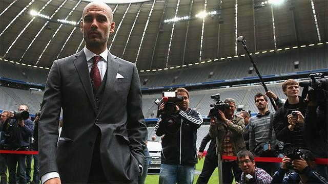 Bundesliga - Bayern fans out in force for Guardiola debut