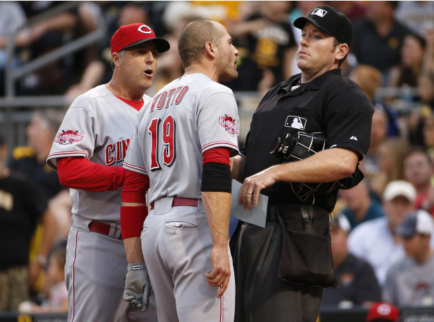 Reds' Votto ejected in 3rd inning against Pirates