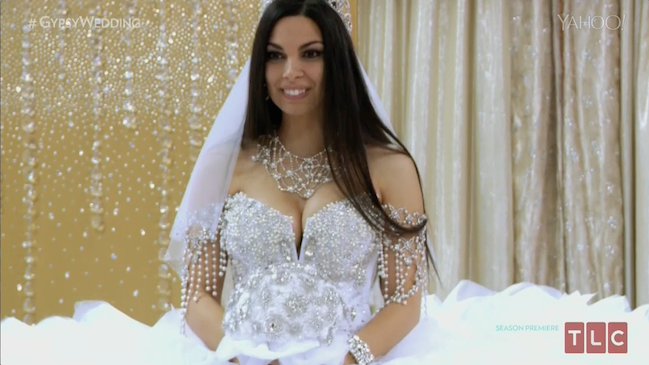 Gypsy Wedding Dress Weighs In At Over 100 Pounds