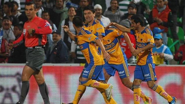"South American Football - Tigres suffer from ""curse of superleaders"" in Mexico"