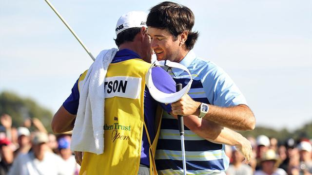 Golf - Watson storms home to seal two-shot win at Riviera