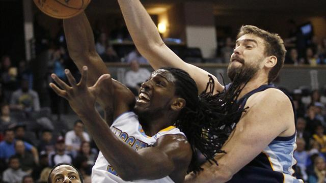 NBA - Nuggets tame Grizzlies on return to Denver
