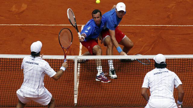 Davis Cup - Czechs win doubles, Del Potro out of Sunday singles