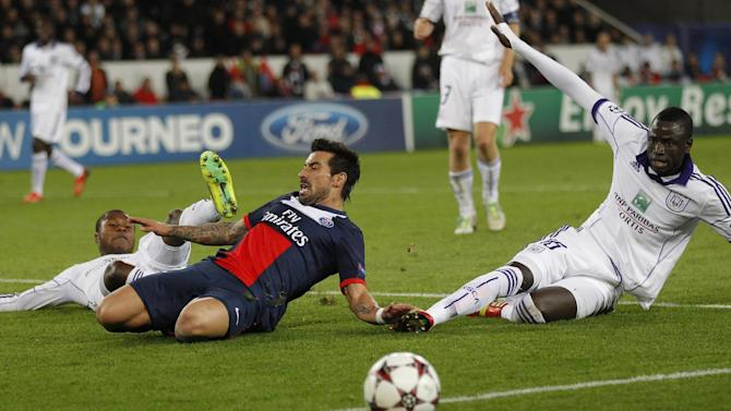 PSG's Ezequiel Lavezzi, center, falls on the ground with Anderlecht's Cheikhou Kouyate, right, during their Champions League group C soccer match against Paris Saint Germain in Paris, France, Tuesday, Nov. 5, 2013