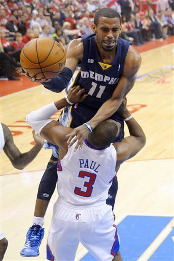 Clippers edge Grizzlies 93-91 on Paul's shot