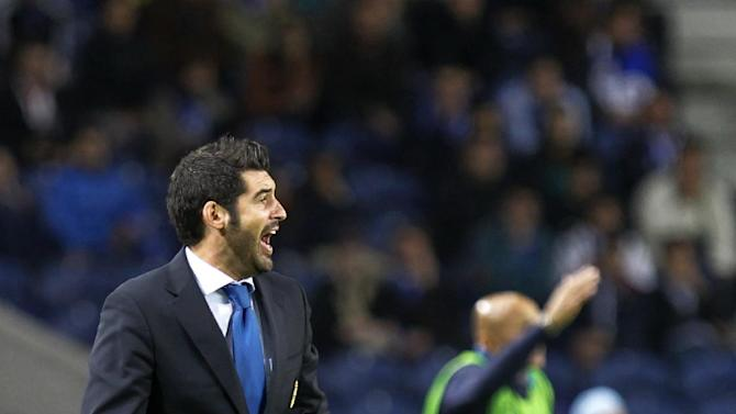 Porto's coach Paulo Fonseca and Zenit's coach Luciano Spalletti, right, from Italy, give instructions during the Champions League group G soccer match between FC Porto and Zenit at the Dragao stadium in Porto, northern Portugal, Tuesday, Oct. 22, 2013. Zenit won 1-0