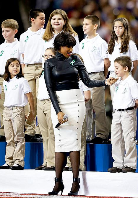 """Jennifer Hudson: Super Bowl Performance With Sandy Hook Students Was """"Emotional"""" and """"Overwhelming"""""""