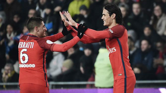 Nantes 0-2 PSG: Cavani double sweeps visitors to victory