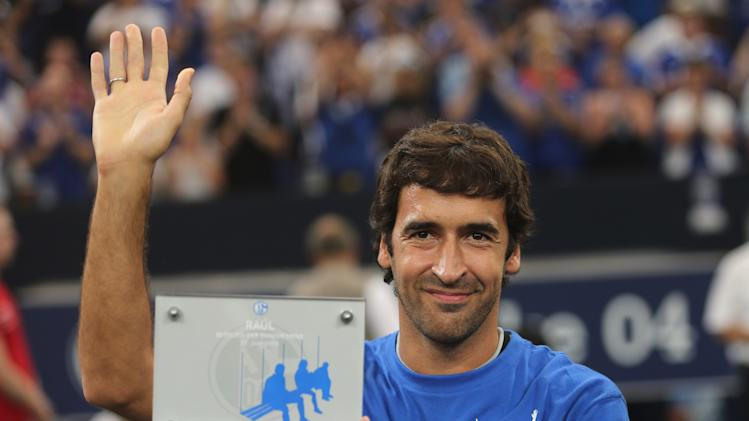 FC Schalke 04 Seasonal Opening And Raul's Farewell Match