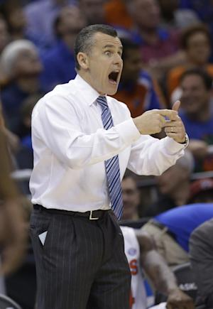Florida's Donovan gets 3-year extension, raise