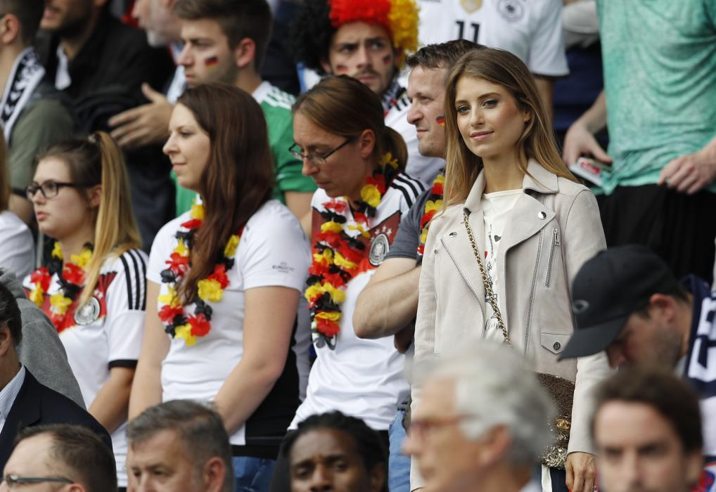 Cathy Fischer, partner of Germany's Mats Hummels in the stands