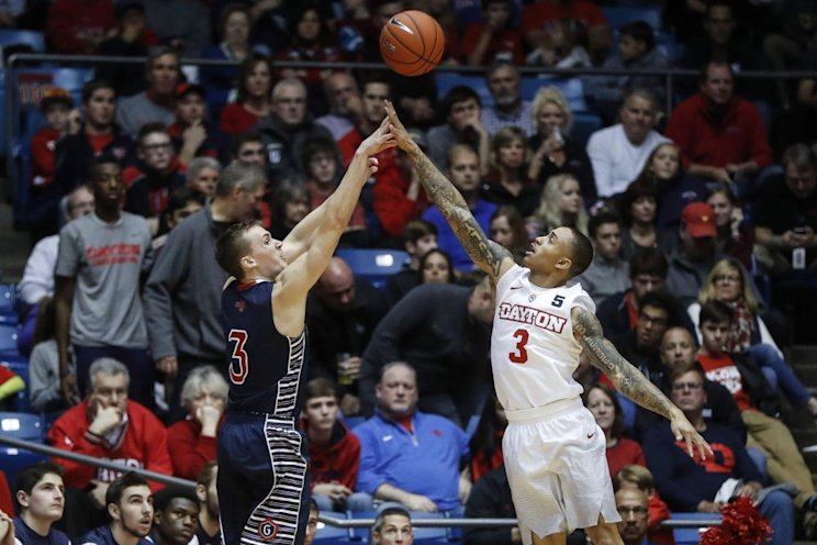 Dayton's last-gasp comeback fell just short on Saturday against Saint Mary's (AP)