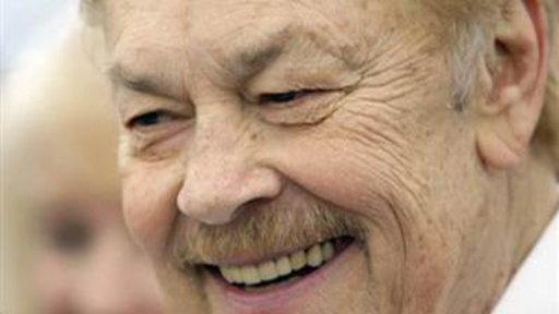 Los Angeles Lakers Owner Jerry Buss Dies at 80