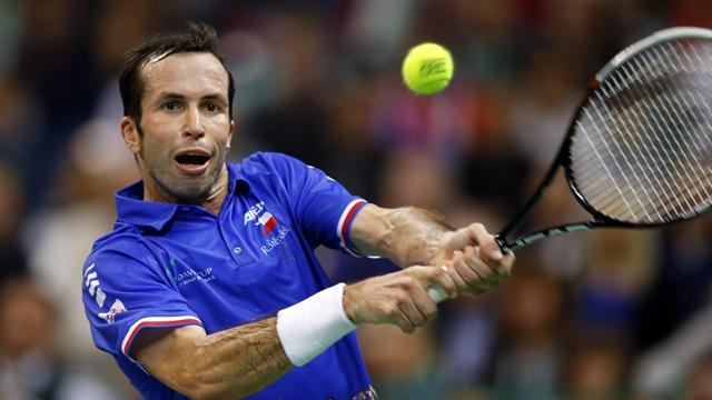 Tennis - Stepanek sets up Federer clash in Monaco