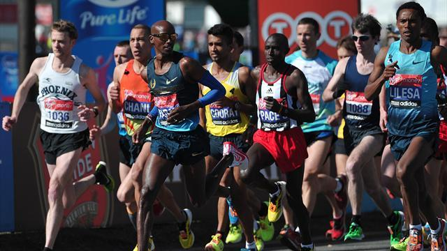 Athletics - Soi beats Farah in 5,000 metres